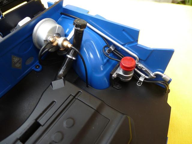 """Suite du montage chassis de ma """"Gordini"""" P1100041"""