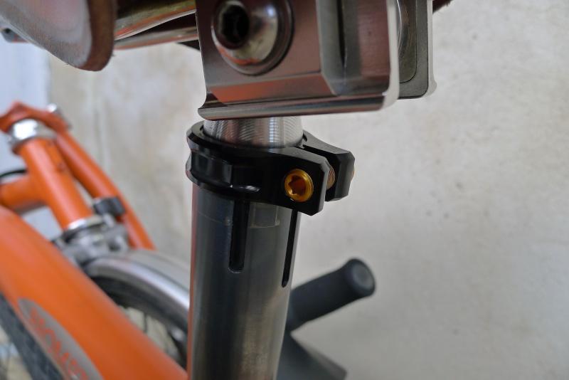 Recherche tige de selle Diamètre 26.6mm carbone P1040612