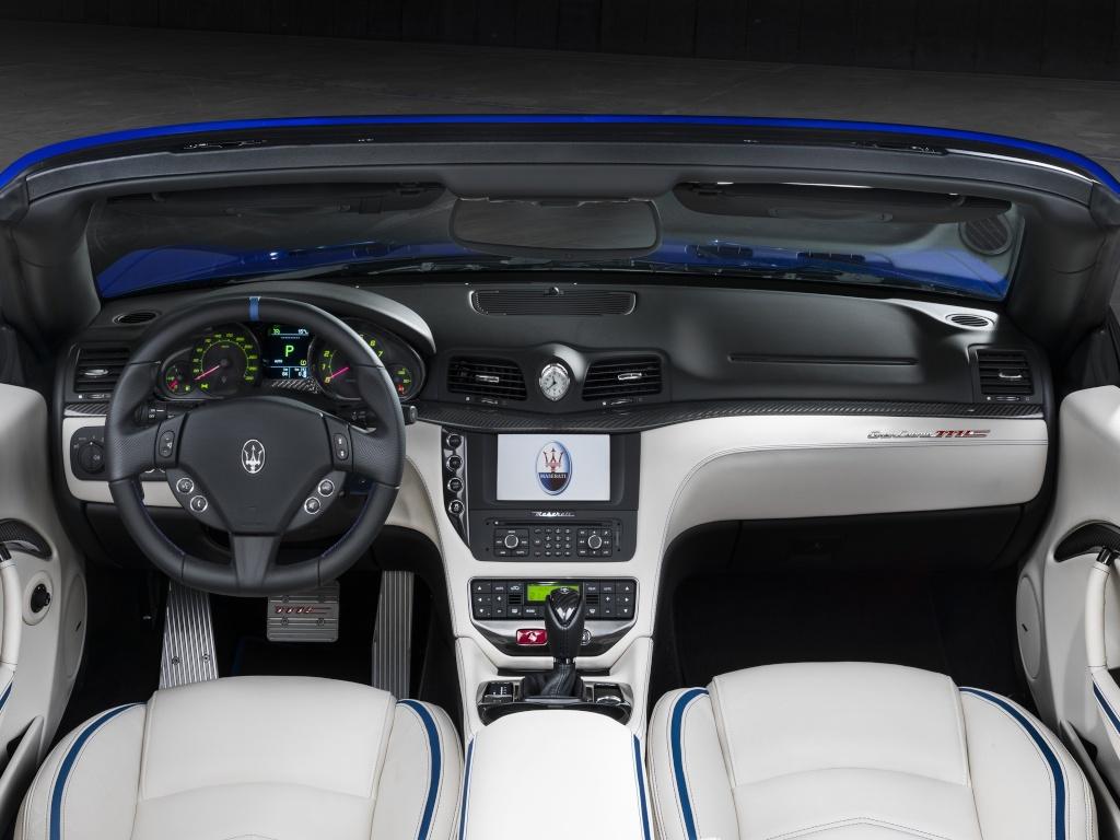 2009 - [Maserati] Gran Cabrio - Page 7 Masera16