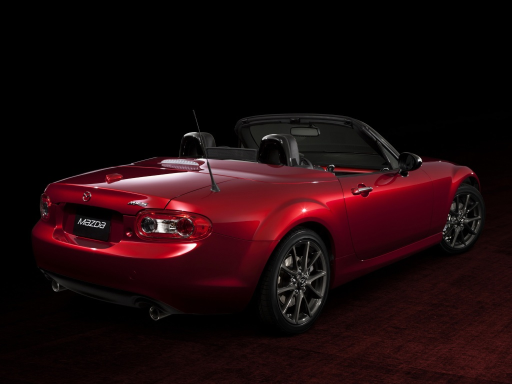 [Mazda] MX-5 Facelift - Page 3 Mazda_11