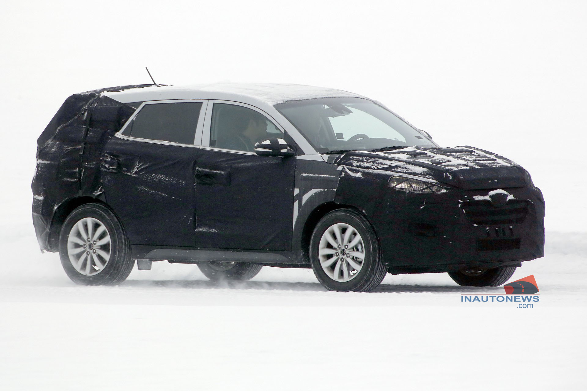 2015 - [Hyundai] Tucson III Spied-21