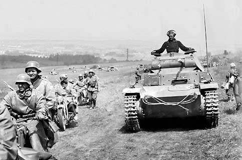 [1:35] Panzer III ausf E - Page 2 20080510