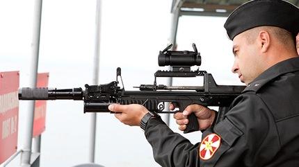 ¿Un 'Kaláshnikov' bajo el mar?: fusil-anfibio ADS 56963b10