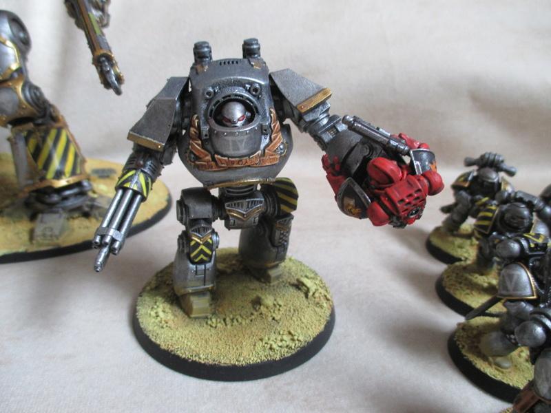 [Iron Warriors] Un de plus en moins :p Img_5924