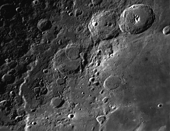 Petite série de gros plans lunaires 2013 Theoph11