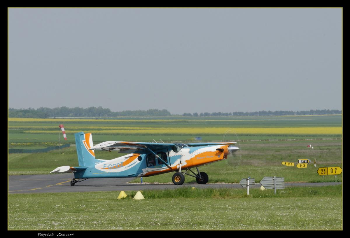 Aérodrome de Reims Prunay - Page 4 4b12