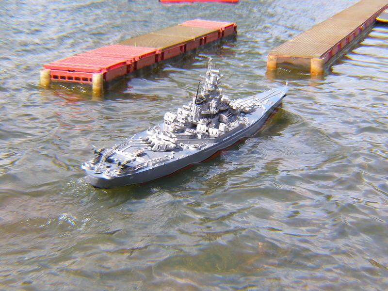 USS South Dakota P6043812