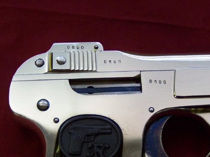 Pistolet FN 1899 100_4711