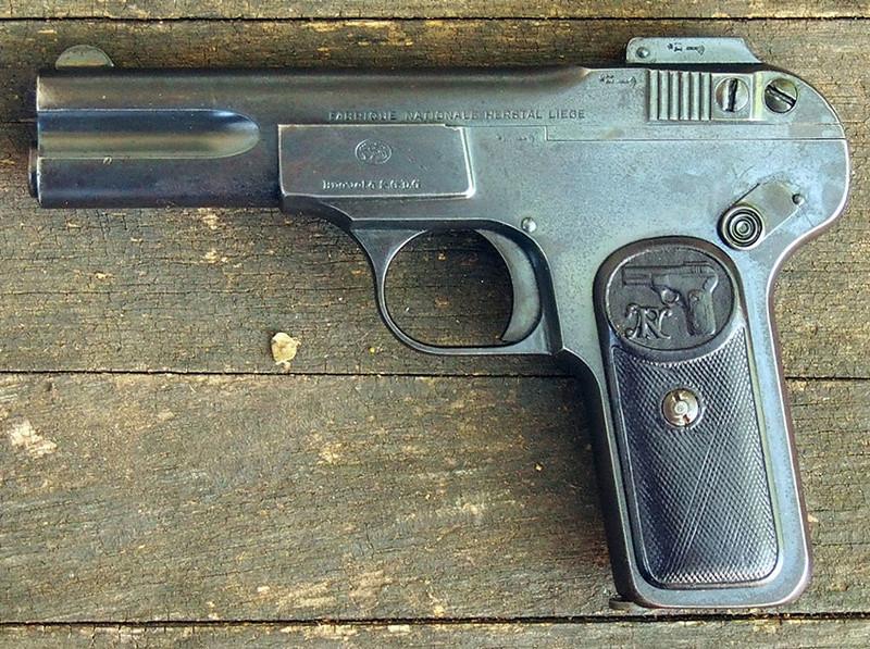 Pistolet FN 1899 3663-111