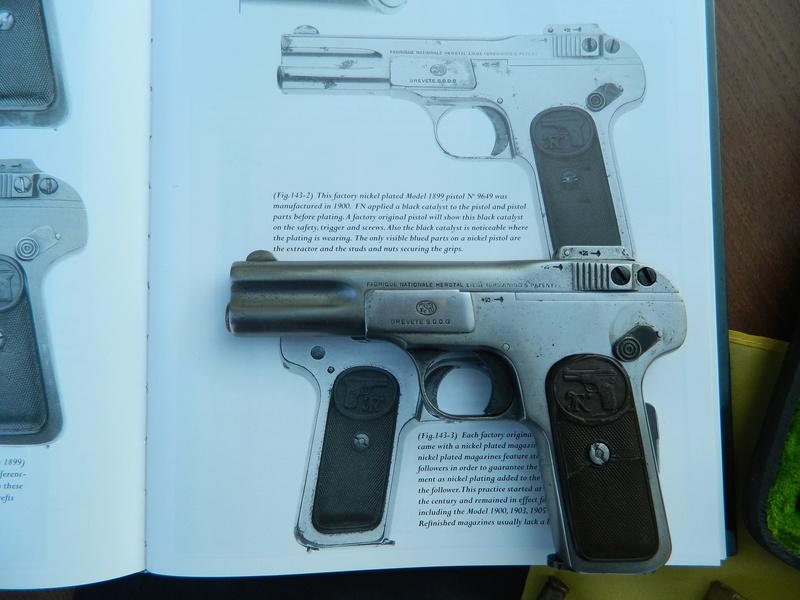 Pistolet FN 1899 Dscn7657