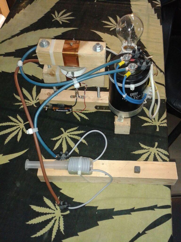 Metodologia para desimantar e imantar de nuevo imanes permanentes Magnet10
