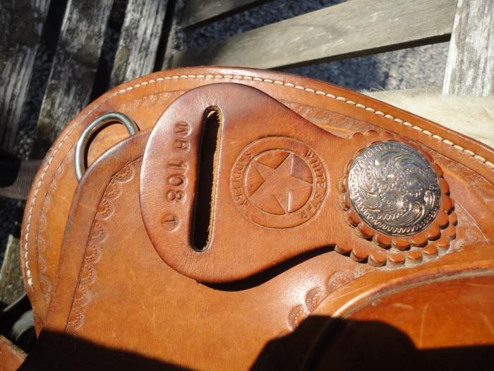 Vend belle selle Western 'Garland/White Star' Full Quarter Flor2-13