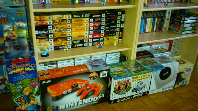 == World of Nintendo collection == < New gameroom p15> 04610