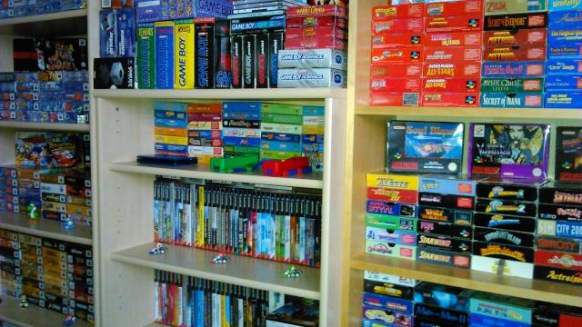 == World of Nintendo collection == < New gameroom p15> 04710
