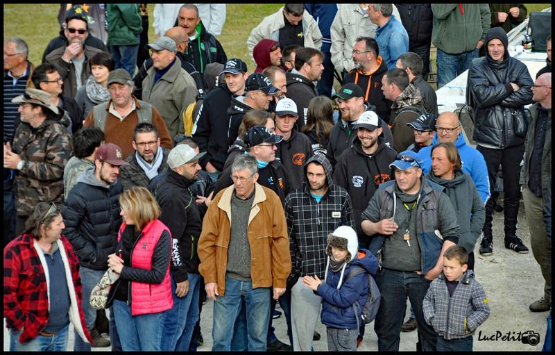 Les pêcheurs de loisir défendent le silure Bellev14
