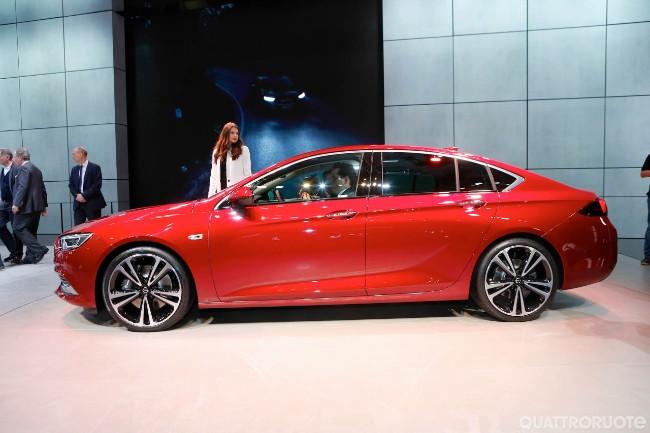 Opel: dopo 88 anni in GM si passa a PSA Cq5dam24