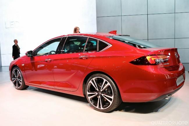 Opel: dopo 88 anni in GM si passa a PSA Cq5dam25