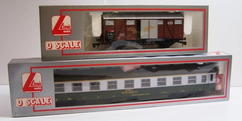 Les boites d'emballage des trains Lima à l'échelle 1/45. Wagons11