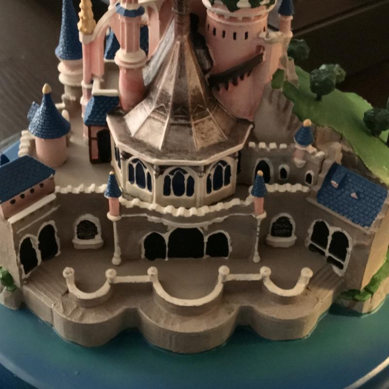Présentation du Merchandising des 25 ans de Disneyland Paris - Page 3 Img_5217