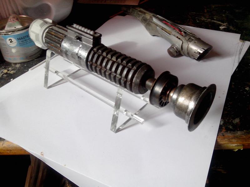 """Sabre laser de Ben Kenobi et """"wampa claw lightsaber"""" Img_2012"""