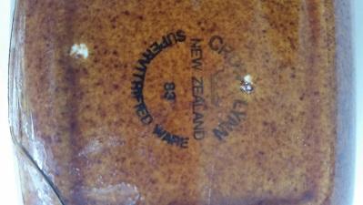 Crown Lynn bits n pieces from Jim Cl_squ10