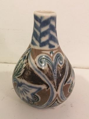Seraphine Pick vase and Beresford Pick plate  Seraph14