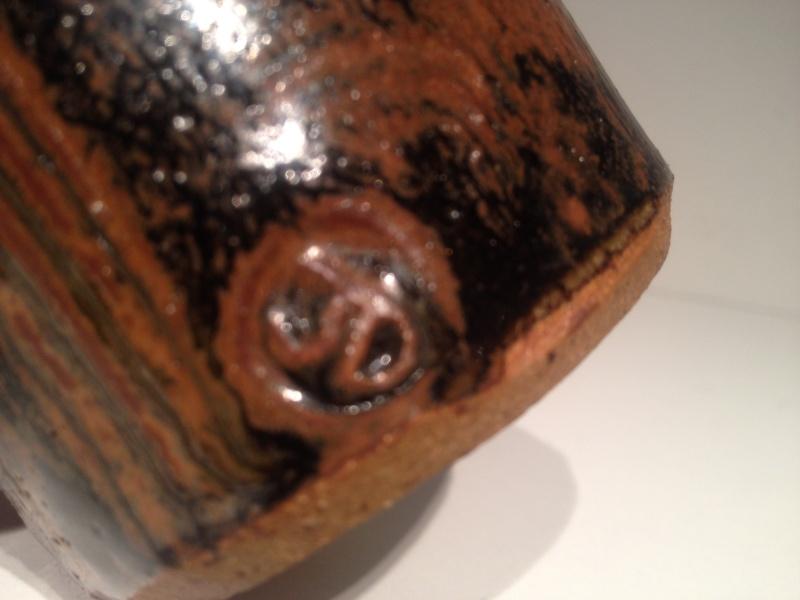 Small tenmoku pot, combed decoration, JD mark -  John Dermer, Australia? Img_1514