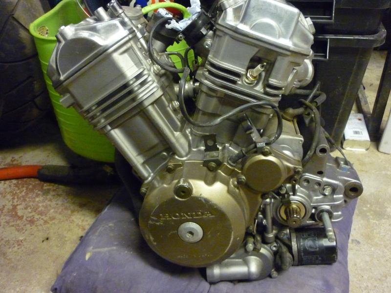 Nous avons choisi cet sur ebay Honda RD03 moteur 0 km h jamais été utilisé £ 425 P1050631