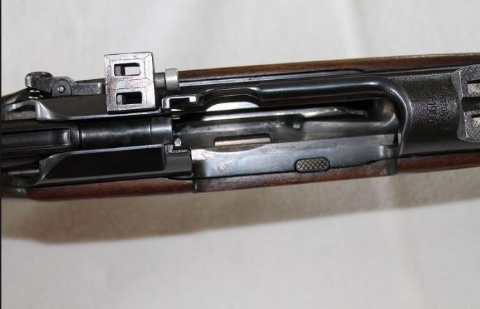 A IDENTIFIER: carabine militaire a lunette fortement bidouillee? Manl10