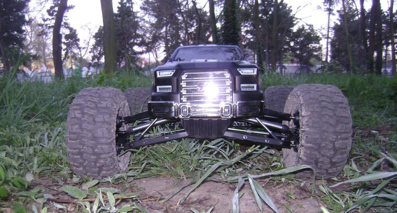 Arrma Monster Truck Nero BLX EDC /  Fazon & Big Rock de Trankilou&Trankilette - Page 6 07_04_13
