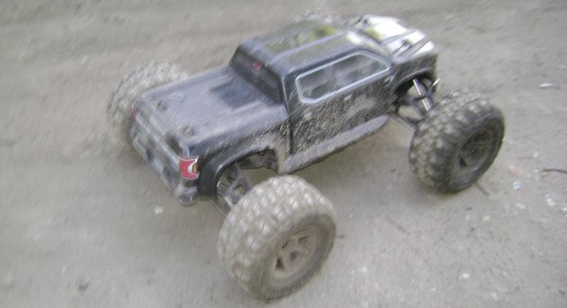 Arrma Monster Truck Nero BLX EDC /  Fazon & Big Rock de Trankilou&Trankilette - Page 6 07_04_14