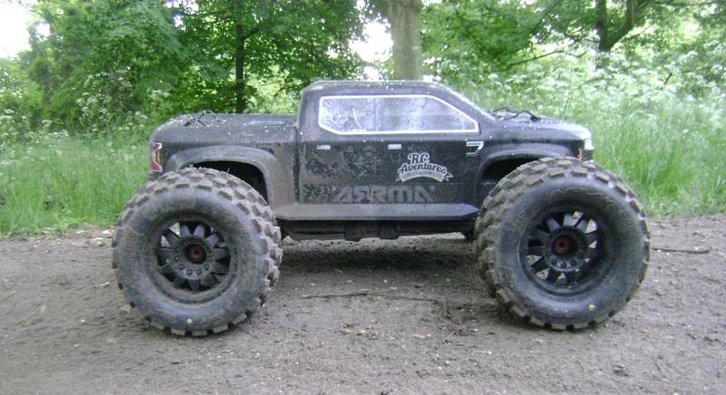 Arrma Monster Truck Nero BLX EDC /  Fazon & Big Rock de Trankilou&Trankilette - Page 6 12_05_20