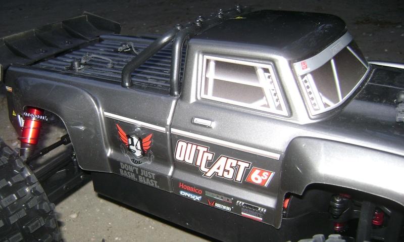 Arrma Stunt Truck Outcast BLX 6S de Trankilou & Trankilette 17_04_31