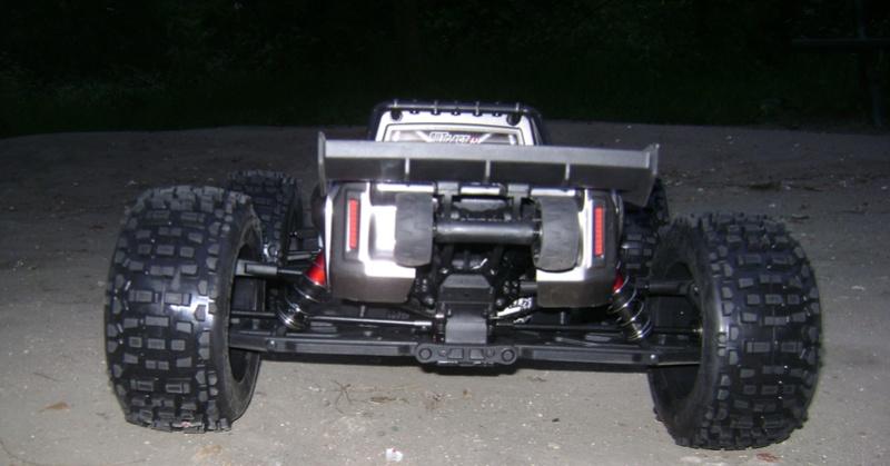 Arrma Stunt Truck Outcast BLX 6S de Trankilou & Trankilette 17_04_36