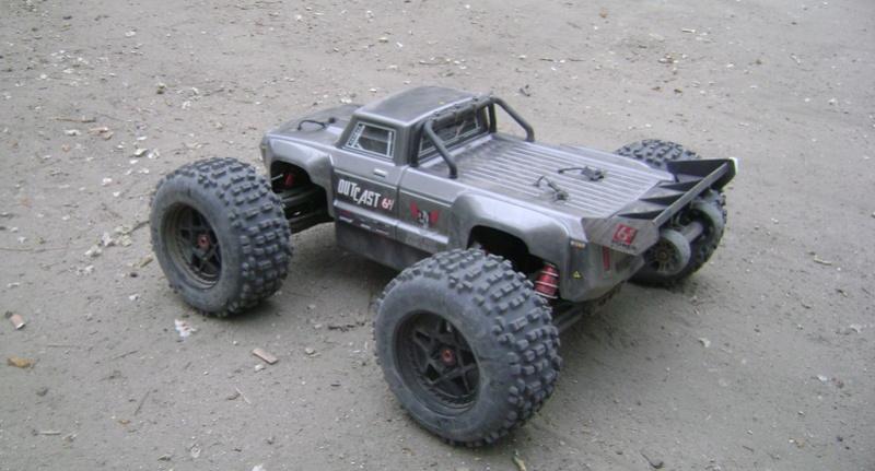 Arrma Stunt Truck Outcast BLX 6S de Trankilou & Trankilette 17_04_40