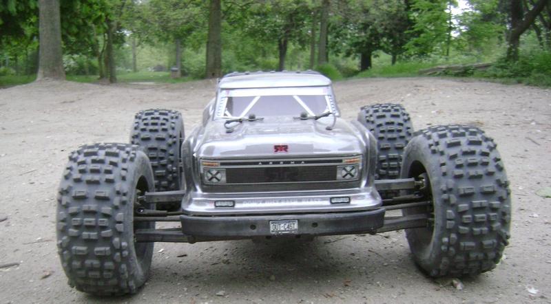 Arrma Stunt Truck Outcast BLX 6S de Trankilou & Trankilette 17_04_41