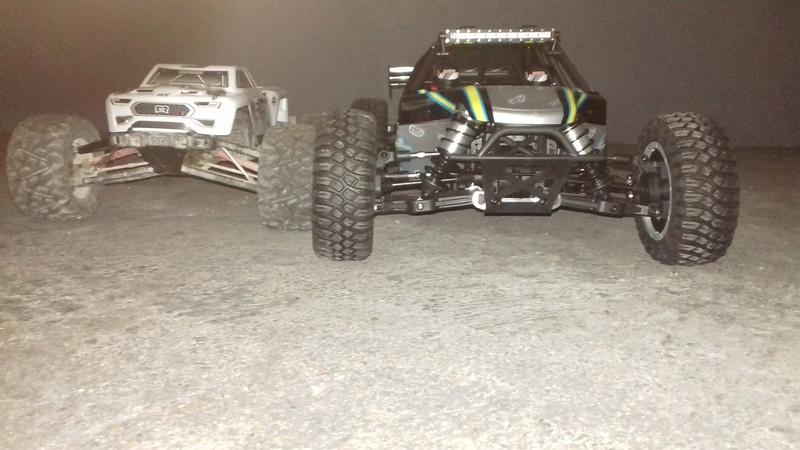 Le LOSI Desert buggy 1/5e XL-E RTR 4WD 8s de Trankilou & Trankilette 20170558