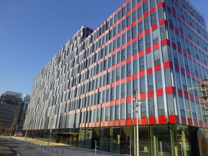 Immeuble Kinetik (B4e) P1000715