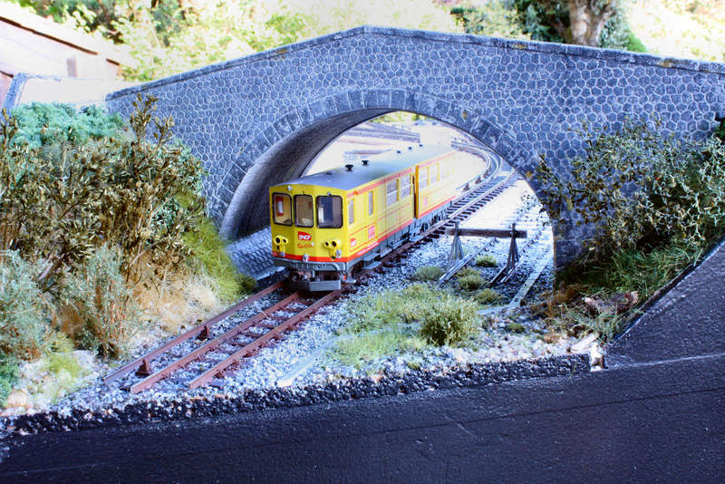 Tren groc à VVB - Page 3 Decor_10