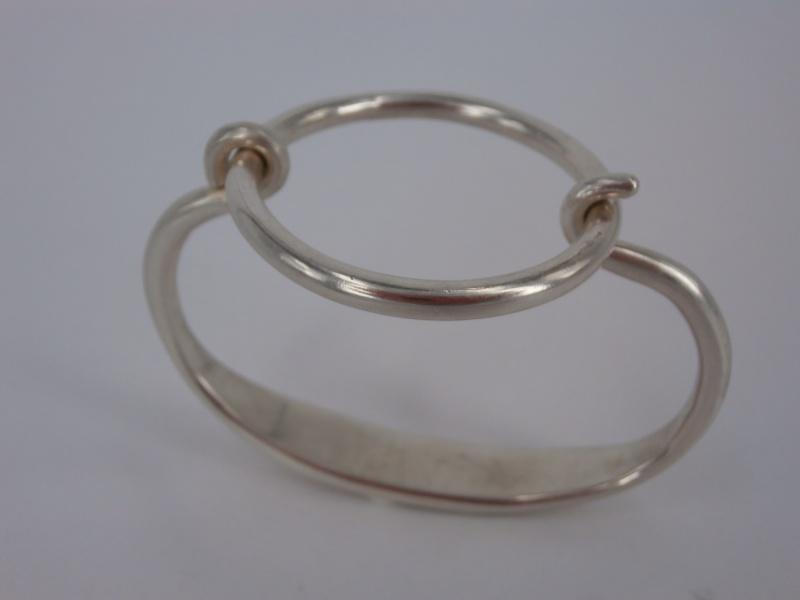 bracelet tension - Bracelet cercle et Oméga tout en tension  Pc290211