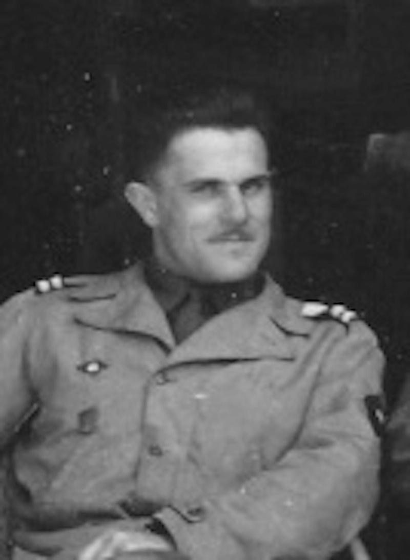 Recherches sur le Lieutenant Gérard Mercier, 12e Cuirs Img_2012