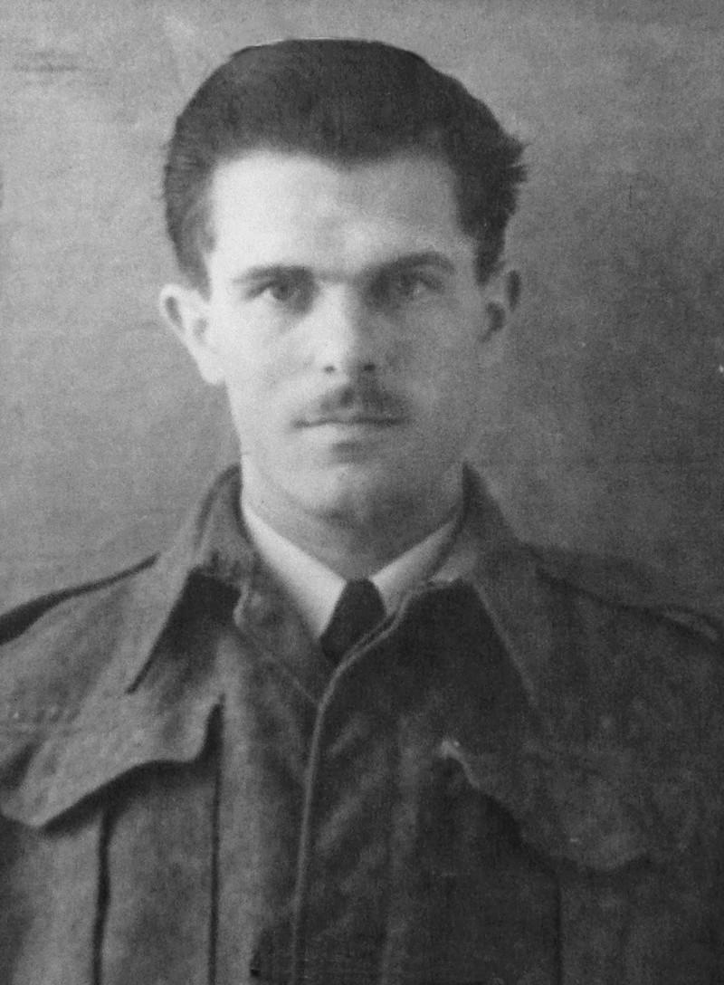 Recherches sur le Lieutenant Gérard Mercier, 12e Cuirs P1190610