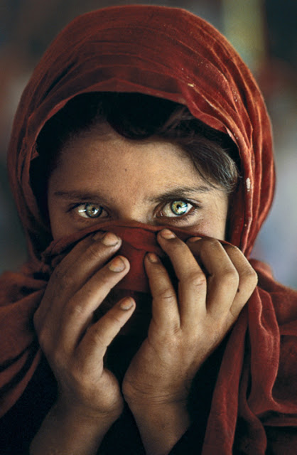 Sharbat Gula par Pisco Tumblr10