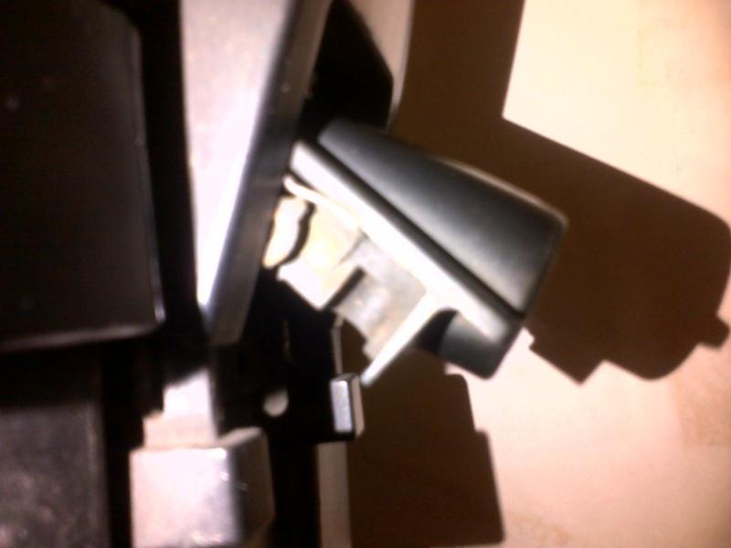 Ye olde luggage lock re-keying - with photos! Img-2014