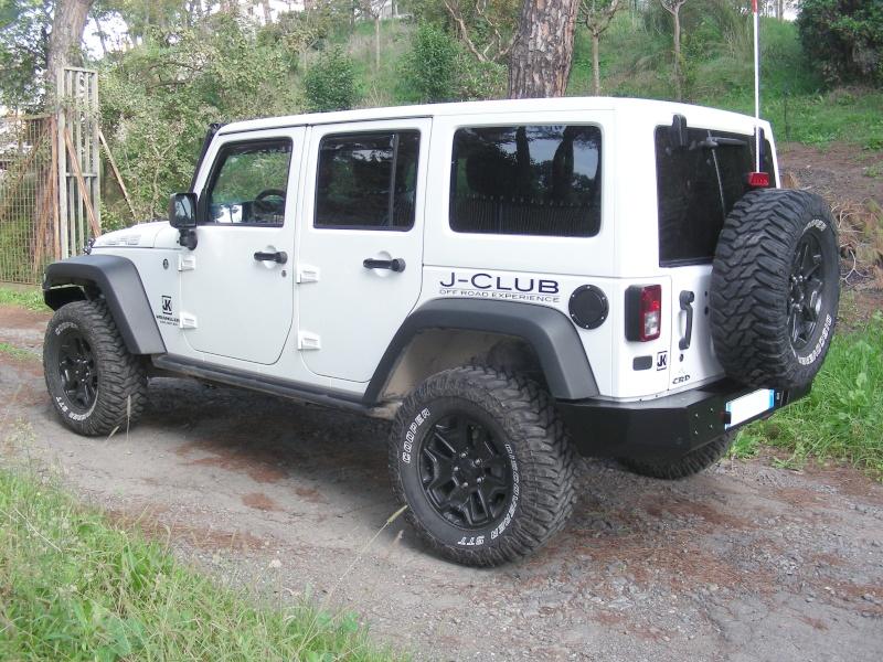 le nostre jeep 8/11/2013 (la data serve per vedere gli aggiornamenti) Dscn6513