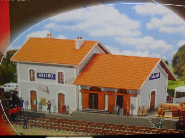 AUBANCE petite gare en HO... Aubanc10
