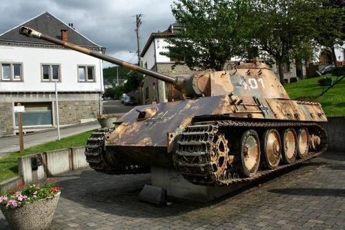 Projet de visite à Bastogne . - Page 5 C7cc0610