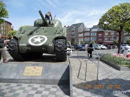 Projet de visite à Bastogne . - Page 5 Images10