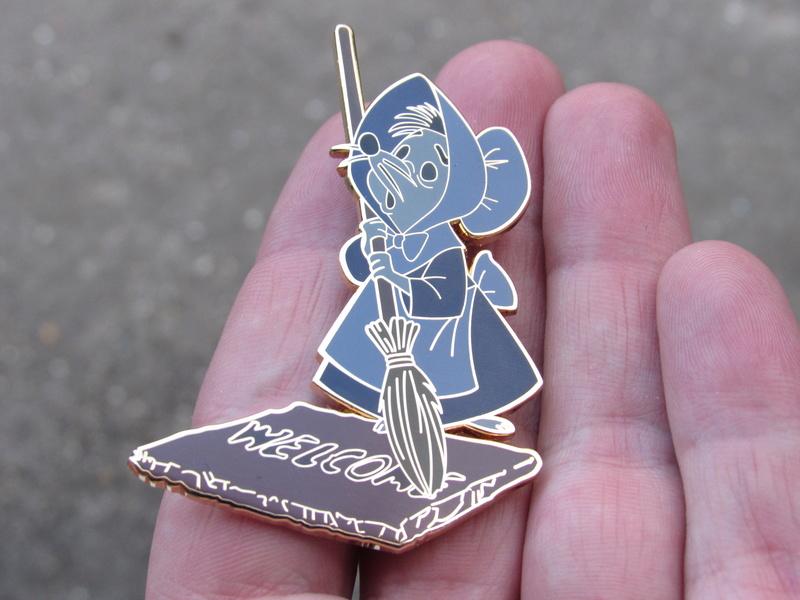 Le Pin Trading à Disneyland Paris Img_4411