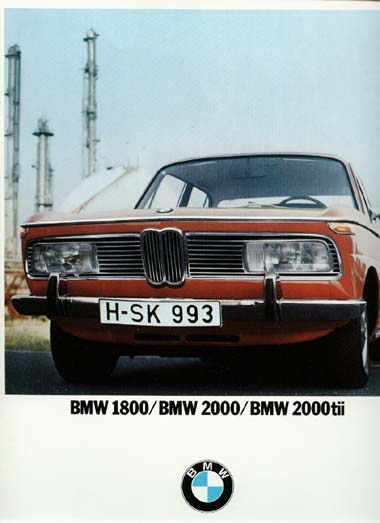 Car adverts old and new 1018-910